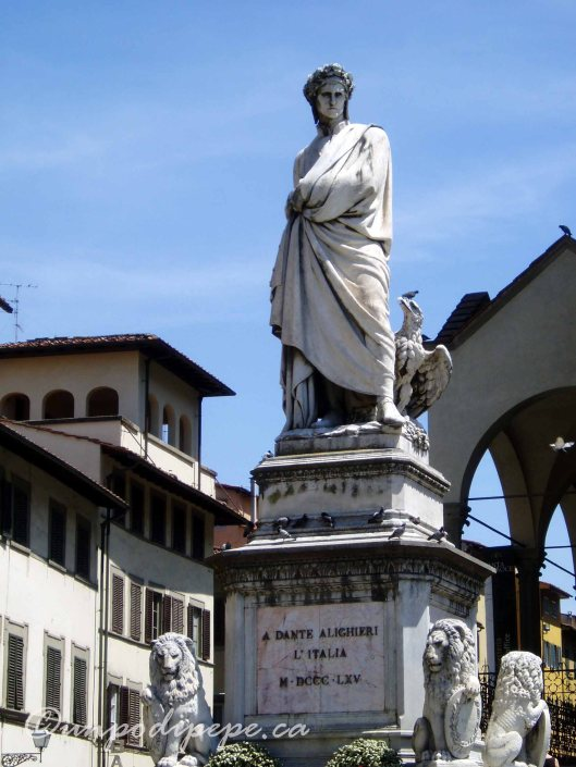 Statue of Dante in Piazza Santa Croce, Firenze