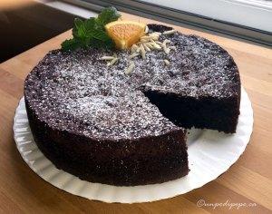 torta caprese tagliata