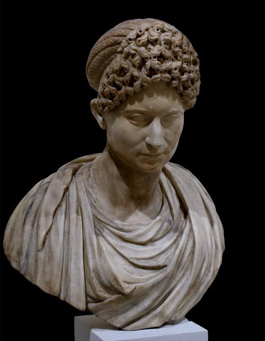 Flavian Woman, Museo Nazionale Venezia. Photo Wikimedia Commons.