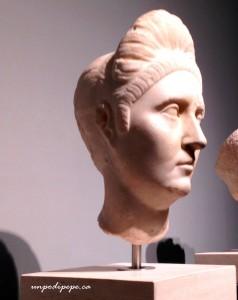 Plotina Pompeia, wife of Trajan, Palazzo Massimo. Her nodus is a high cascading ponytail.