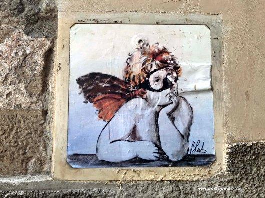 Putto Raffaello Blub street artist Firenze