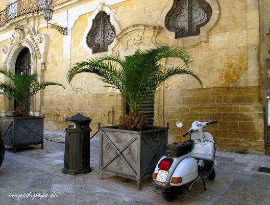 Vespa Lecce Puglia